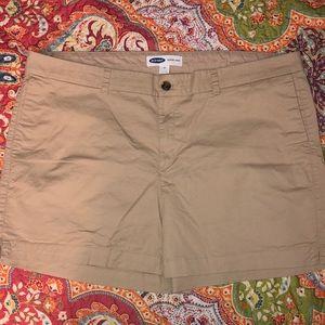 Old Navy Everyday Khaki shorts
